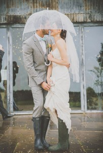 Rainy-Day-Wedding-Photos-Michelle-Lindsell-Photography_Ellie_Harley_RMW-252